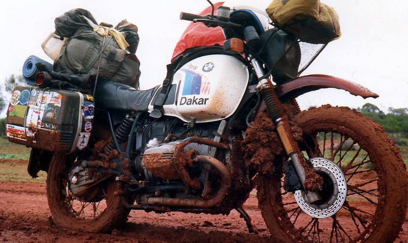 Μια BMW R80G/S Dakar φορτωμένη