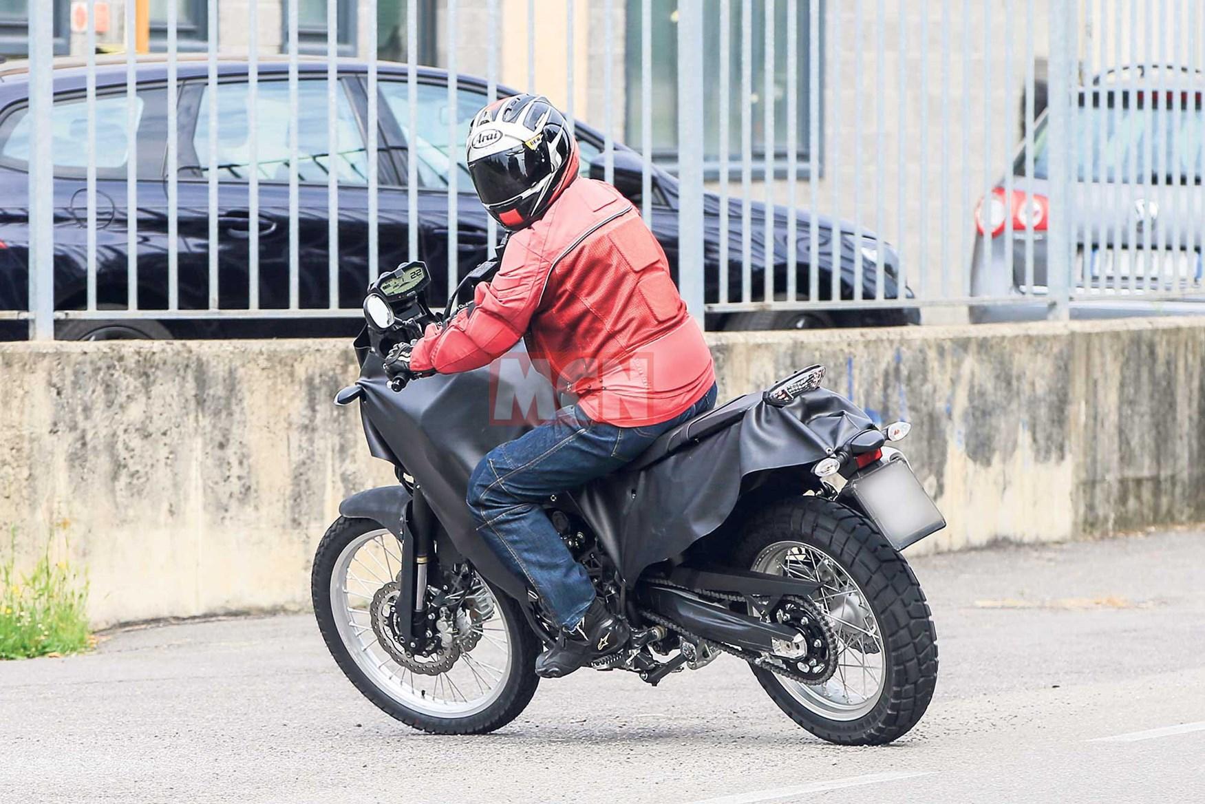 Κατασκοπευτικό - Yamaha MT-07 Adventure 2018 - Το concept T7 οδευει προς την παραγωγή
