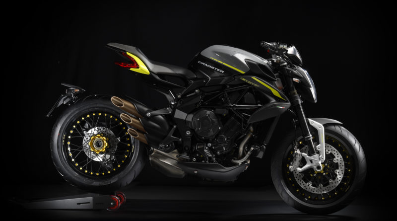 MV Agusta Brutale Dragster 800 RR 2018 Right Black Yellow