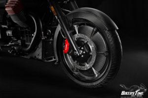 Moto Guzzi MGX-21 Front Wheel